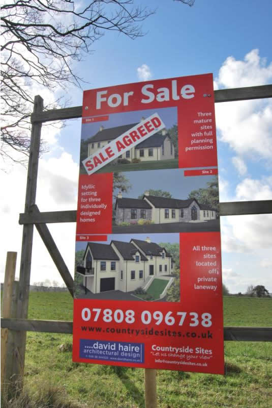 Sign showing sale agreed.JPG